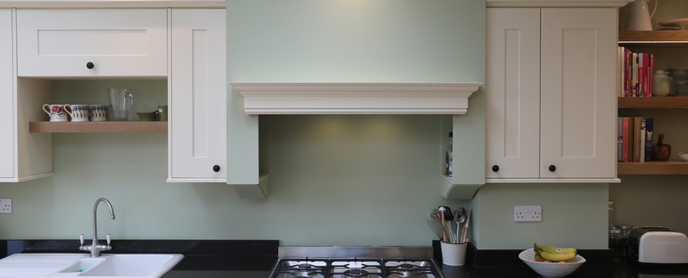 Range cooker with bespoke chimney
