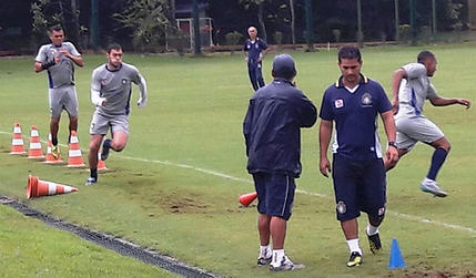 São Caetano: Para lidar com maratona de jogos, elenco do Azulão trabalha forte em pré-temporada