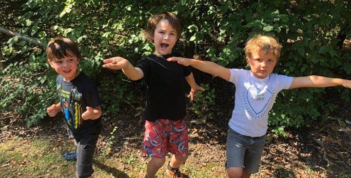 1 Day Camp, 3 children