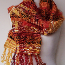 scarf-woven-yellow-and-orange