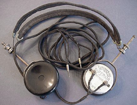 Brandes, early earphones for radio usage  (ca. 1919)