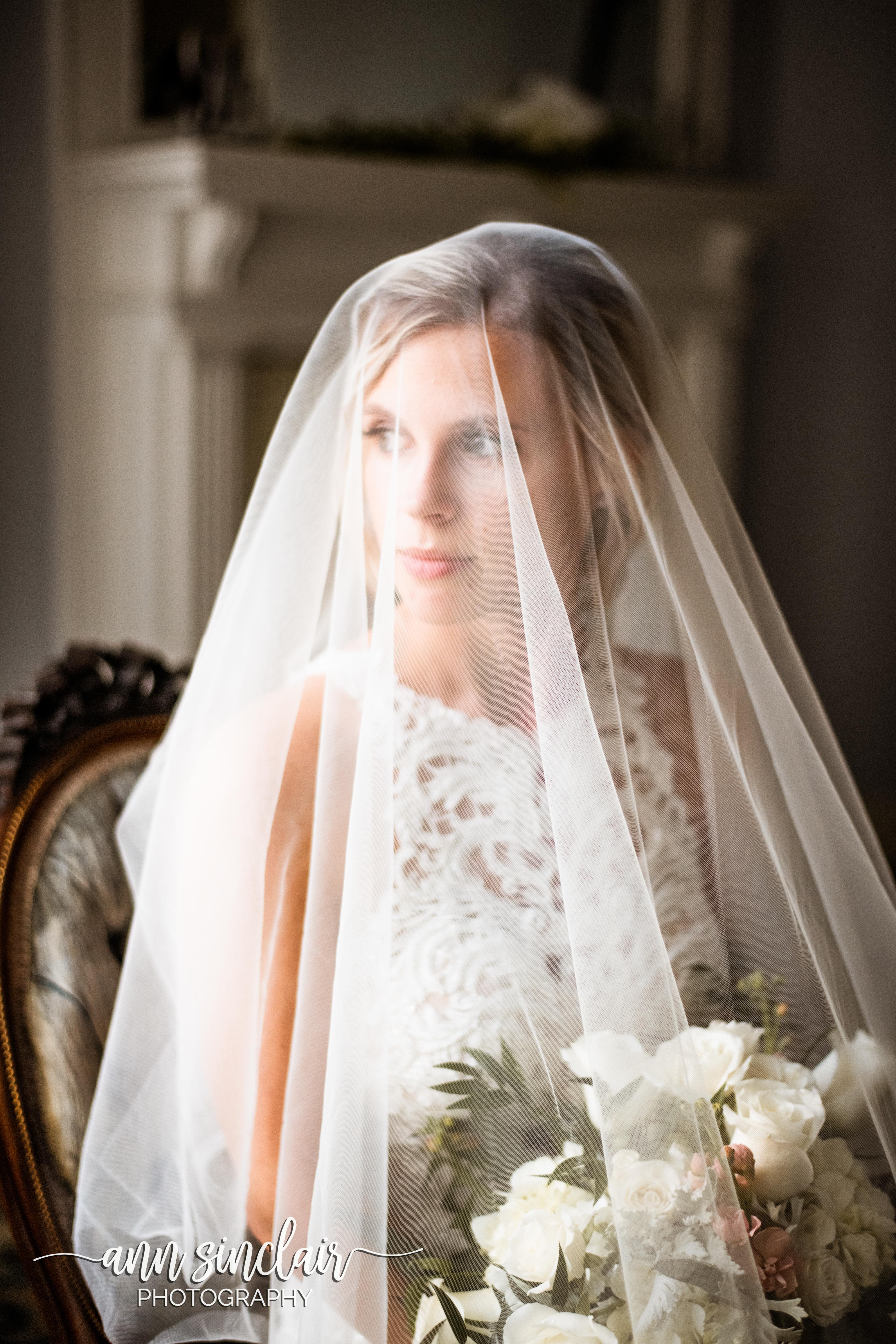 Victoria Cox Bridal Portraits 00036