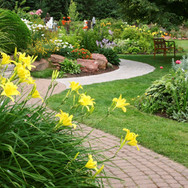 Dedicated Landscaping pic of paver path