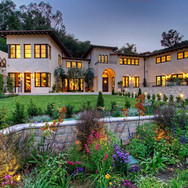 dedicated landscaping large home pic 2.j