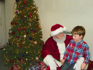 Santa visits Wartrace