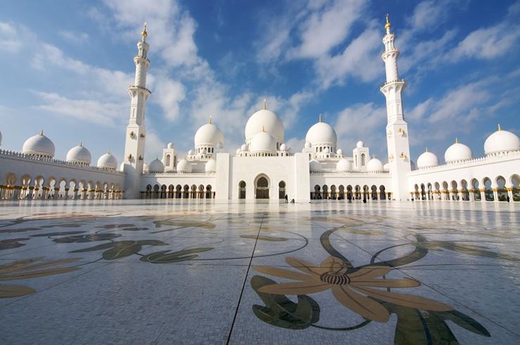 Abu-Dhabi-Palace-1