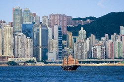 Hong-Kong-Boat-2