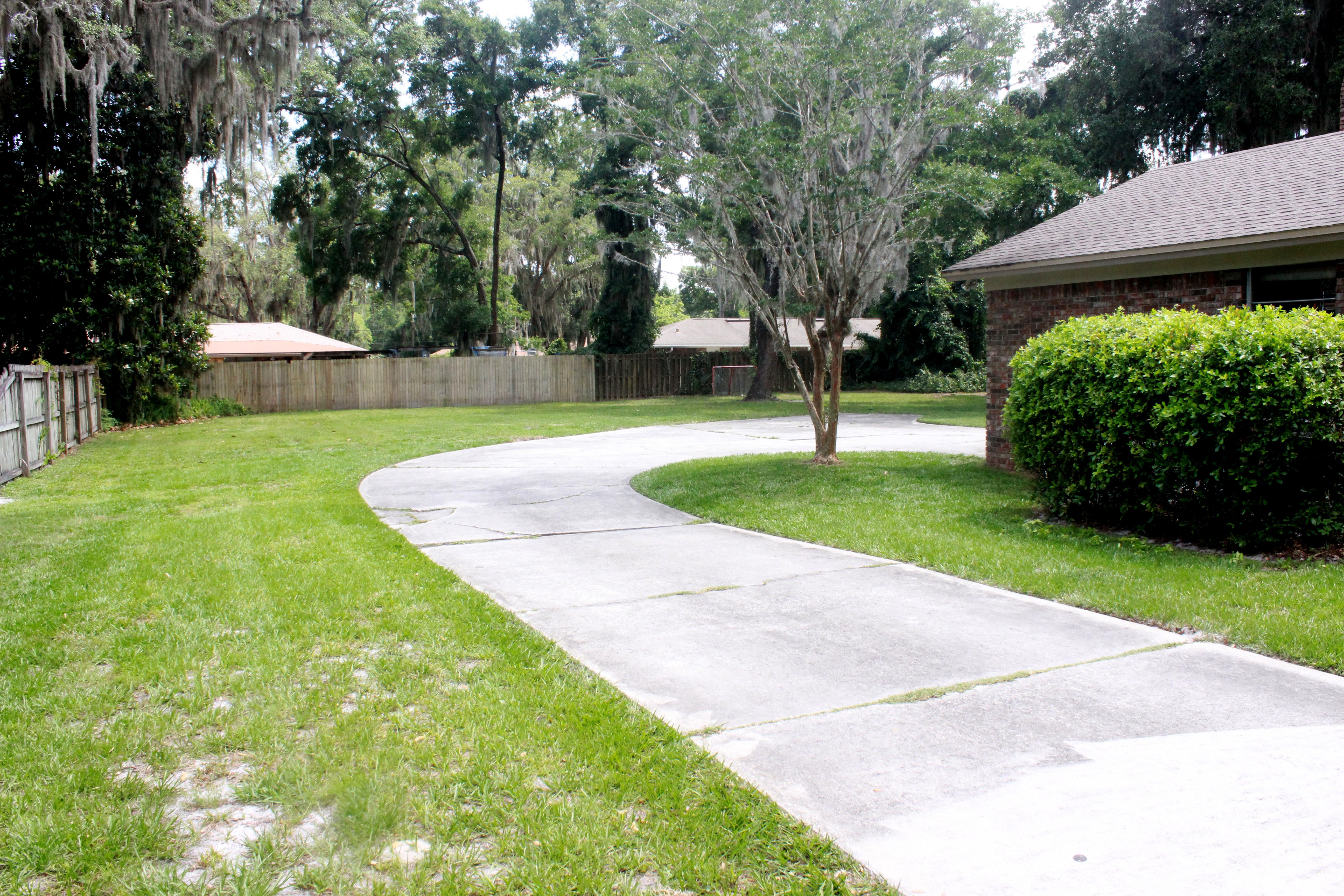 Driveway_Backyard-2