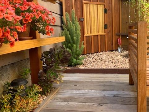 garden-corner-storage.jpg