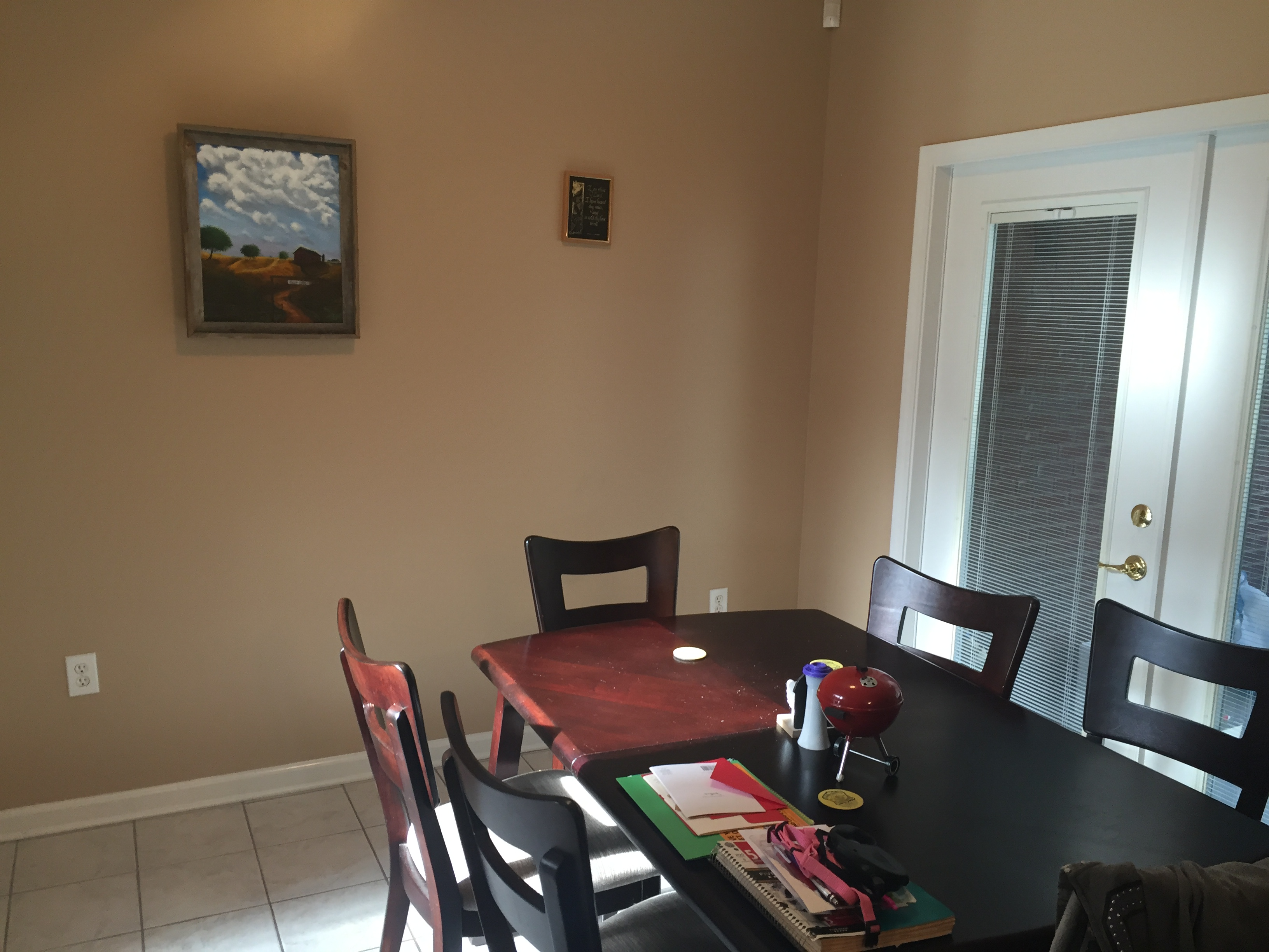 Breakfast nook - 2