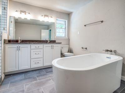 master-bathroom-1jpg