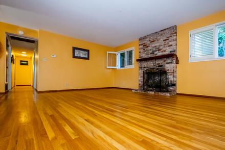 4-living-roomjpg