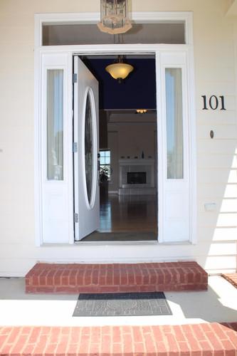 front-entrance-exterior_1jpg