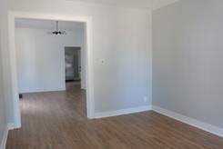 3-living-roomdjpg