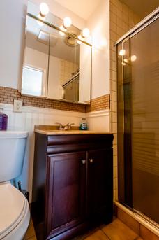 13-bathroom2jpg