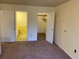 24-master-bedroom-cjpg