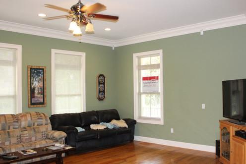 1.living room.jpg