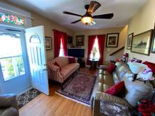 18-living-room-2bjpg