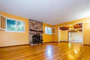 5-living-room1jpg