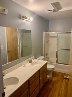 18-bathroom-2-2jpeg