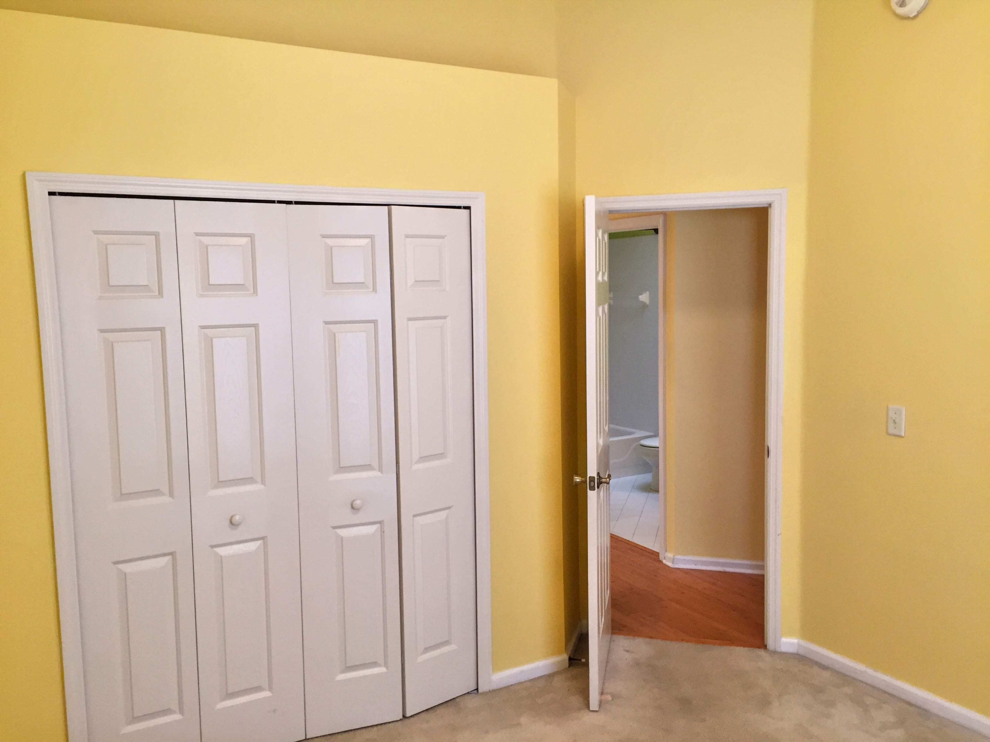 Guest Bedroom 2-1