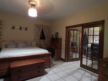 zillow-pic_bedroom_1jpg