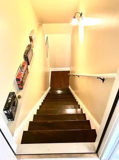 43-basement-stairwayjpg