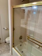 33-bathroom2jpg