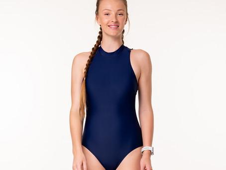 בגדי ים לנערות ולנשים במידות קטנות? הגודל דווקא כן קובע!