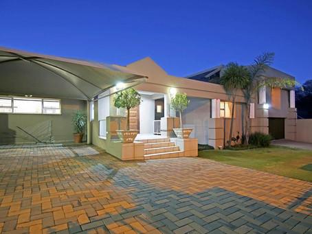 Journey's Halfway House - Pembroke House