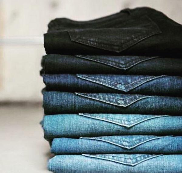 folded jeans.jpg