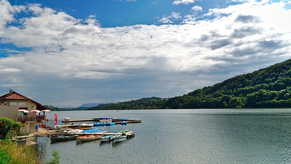 lake-4146310_1920.jpg