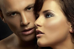 couple-tanning21_edited.jpg