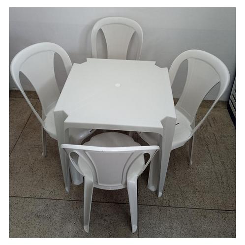 Jogo Mesa Quadrada e Cadeiras Elisa