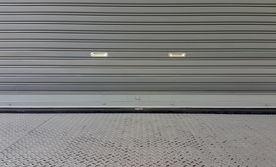 façade-magasin-fer-métal-sur-mesure.jpg