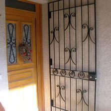 grille-défense-porte-d'entrée.jpg
