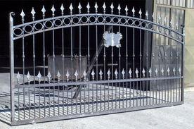 pose-portail-fer-forge-paris.jpg