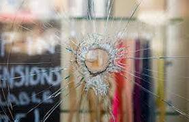 reparation-vitrine-paris.jpg