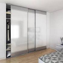 pose-porte-placard-en-aluminium.jpg