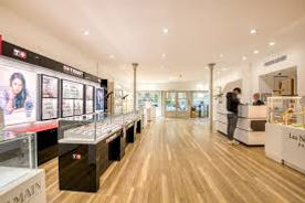 agencement-de-luxe-magasin-haut-de-gamme