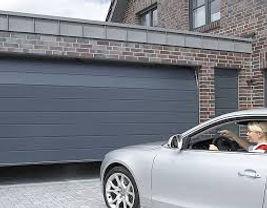 pose-porte-garage-sectionnelle..jpg