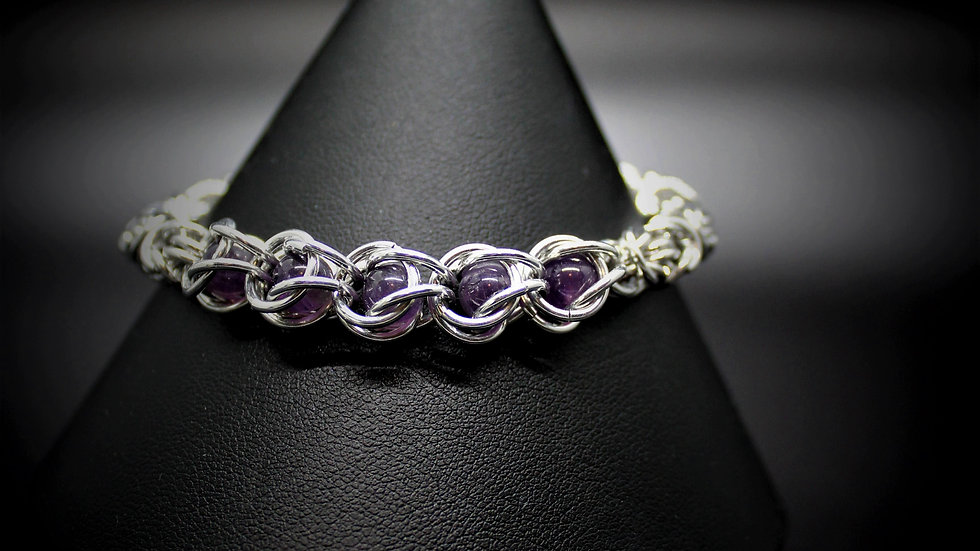 Amethyst Capture Bracelet