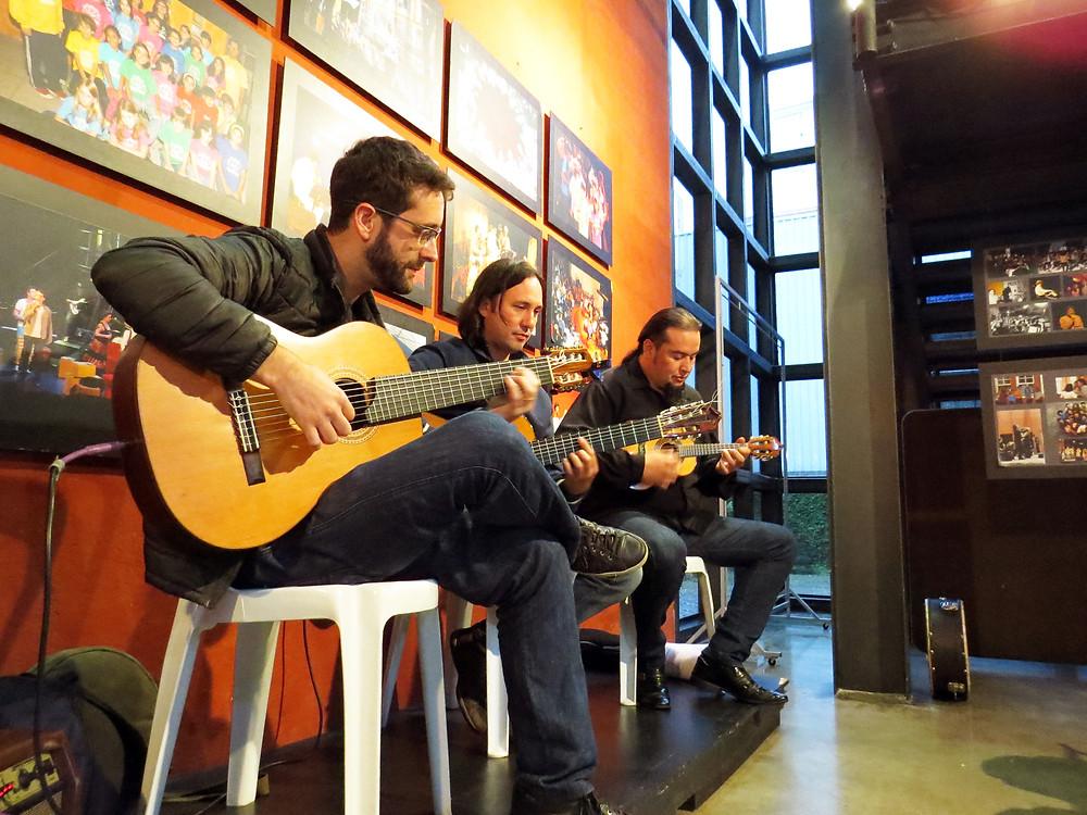Roda de Choro das quintas-feiras no Conservatório da Música Popular Brasileira de Curitiba (Crédito: Clóvis Pedrini Jr.)