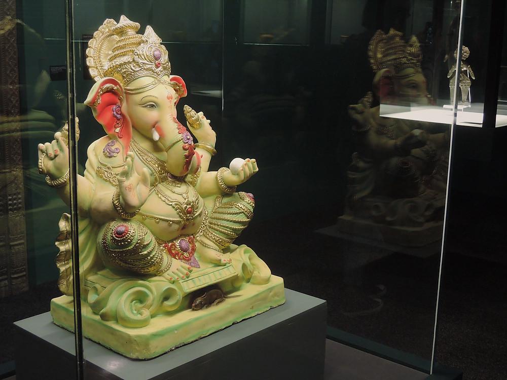 Estátua de Ganesha, divindade do hinduísmo.