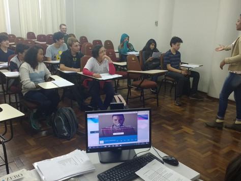 Educomunicação promove pensamento crítico