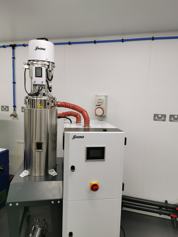 SAL-3U Loader and Dehumidifying Dryer