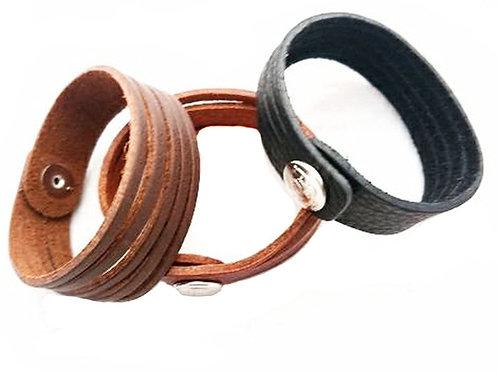 Unisex strip style wristband Bracelet Leather.