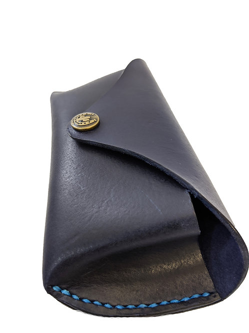 HIGH QUALITY MATERIALS leather sunglasses case