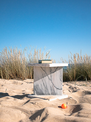 Pedra side table
