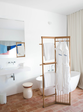 Casa Mãe bathroom